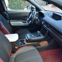Mazda interiér