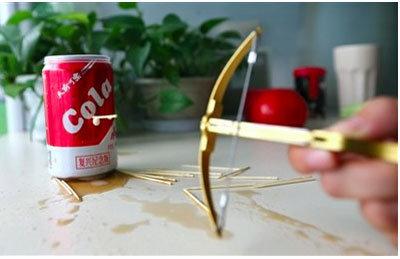 空き缶も貫通! 危険すぎる「つまようじボーガン」が中国の子どもたちの間で大流行中の画像2