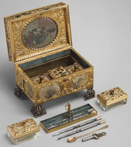 History of manicure, antique manicure sets and manicure tools.