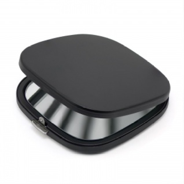 Black compact mirror