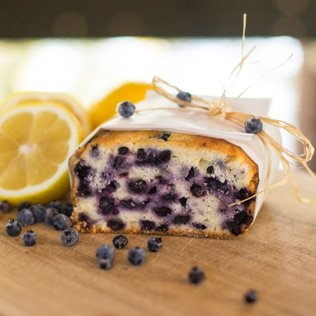 lemon blueberry loaf0137