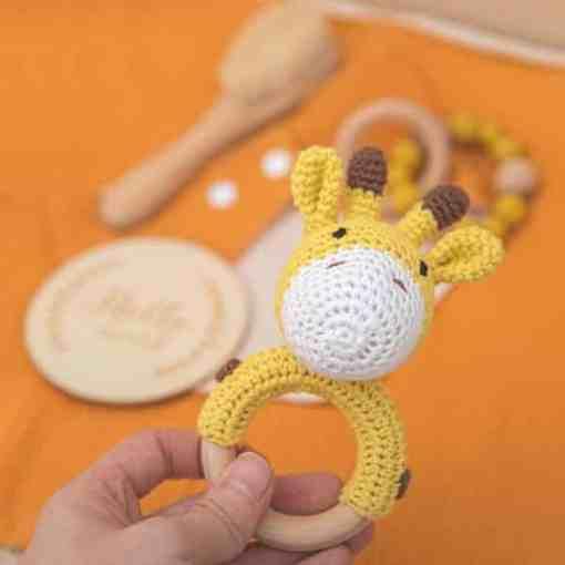 babygeschenk set giraffe gelb