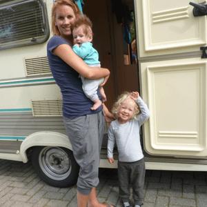kamperen met kinderen caravan