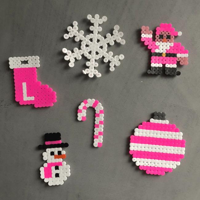 strijkkralen kerst ideeën - stijkkraal - kerstman - kerstboom - zuurstok - sneeuwpot - sneeuwvlok - patroon mamablog mama blog-7