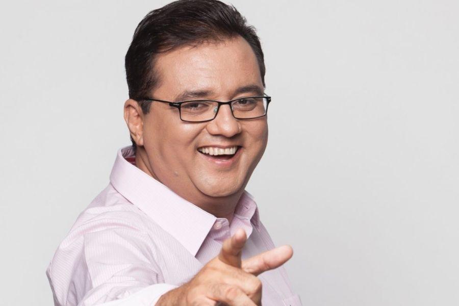 Geraldo Luís renova com Record para programa noturno