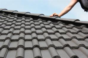Grat und Dachfläche