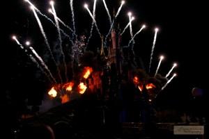 Feux à Disneyland.