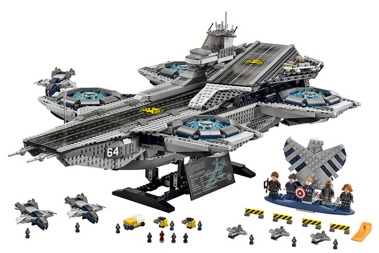 Vue ensemble LEGO Helicarrier