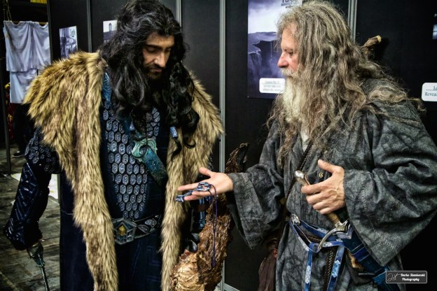 Gandalf présente la clef d'Erebor à Thorin, au salon Geekopolis (D.Stankovski)