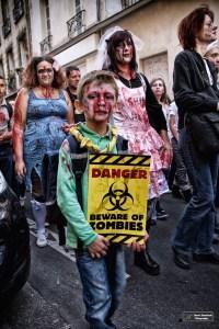 Attention, zombies (D.Stankovski)