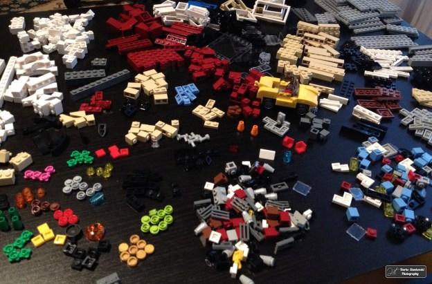 Avant de construire le magasin de vélo et le café, il faut bien trier les pièces. Dans les boites Creator, les sachets ne sont pas numérotés...