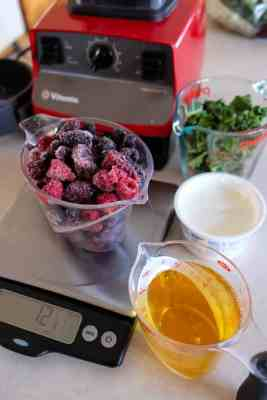 wpid7207-Very-Berry-Smoothie-with-Kale-0013.jpg