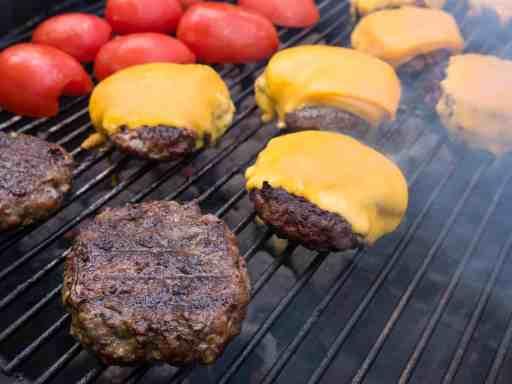 Grilled Cheeseburgers (Grilling Basics) | DadCooksDInner.com