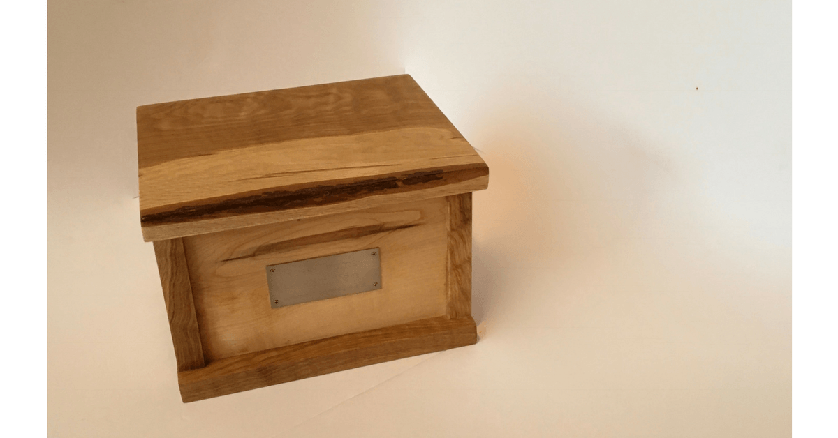 Image of an oak and maple Crematory Box