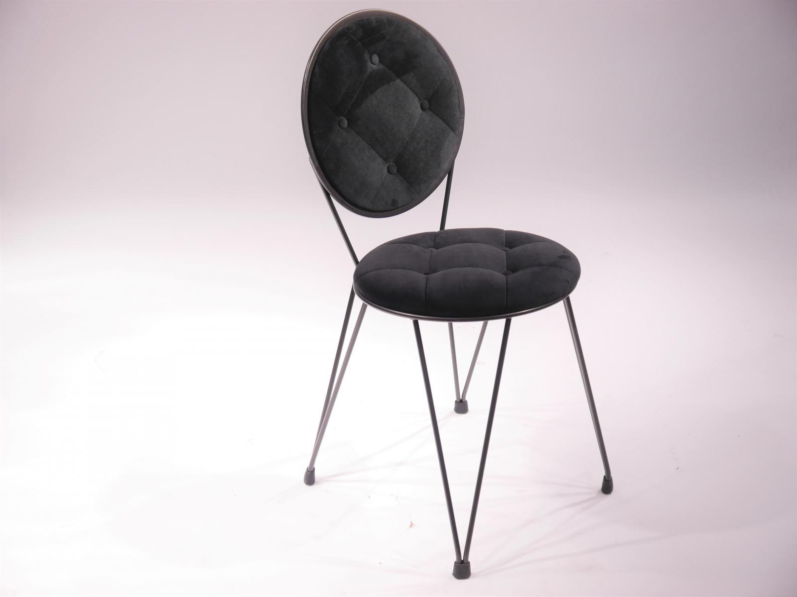 Silla Mariona tapizado respaldo y asiento en falso capitone y botones estructura hierro barnizado