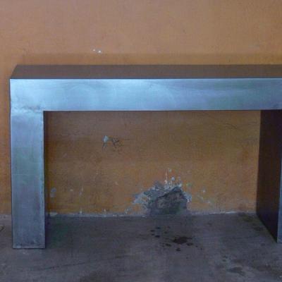 Consola Gigante de 120x40 en hierro pulido