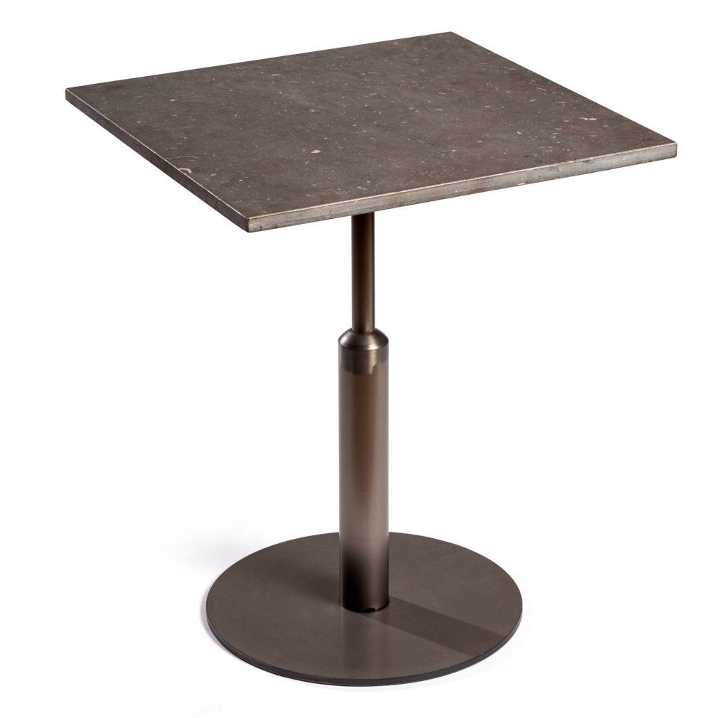 mesa malcontenta pie central sobre de piedra de san vicente