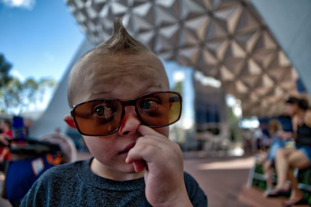 Aurora HDR Review - My son picking his nose