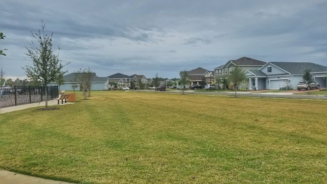Lennar Homes Review - Oaks at Moss Park Neighborhood - 00003