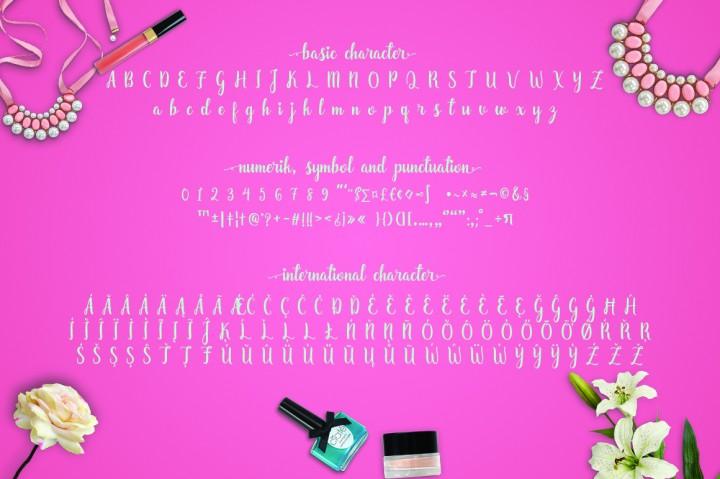 zaheera-script-font-3