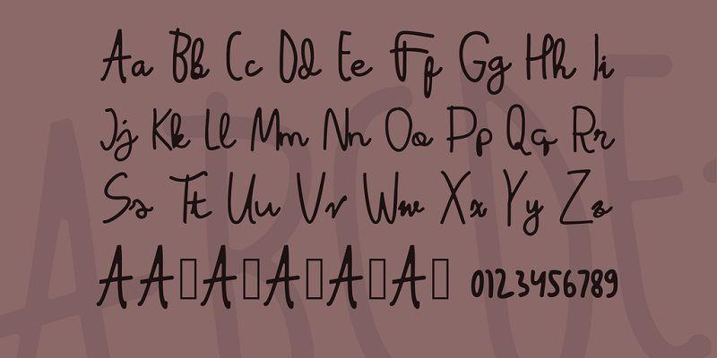 latina-font-3