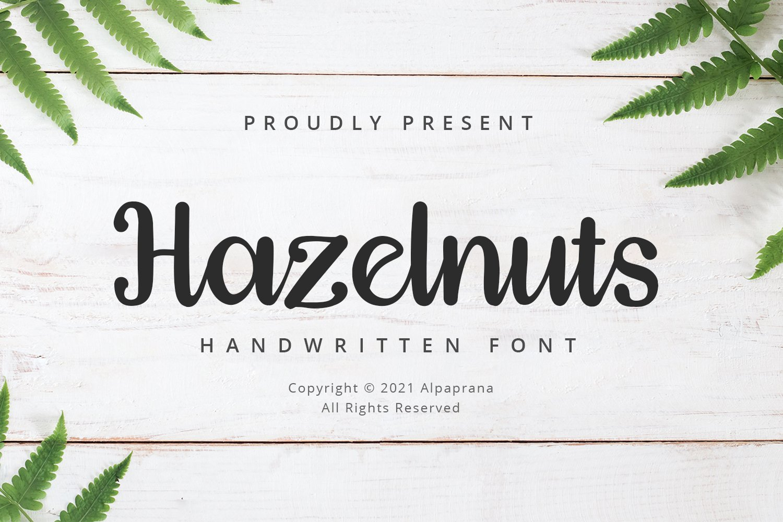 Hazelnuts Font