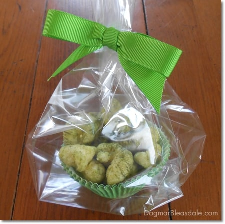 Healthy St Patrick's Day snacks and free printable for goodie bag, DaagmarBleasdale.com