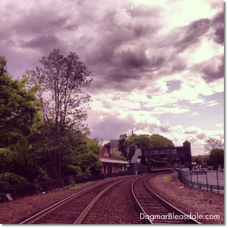 Peekskill train station
