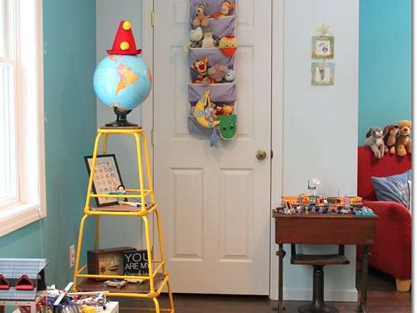 Toy Closet Organization and Makeover