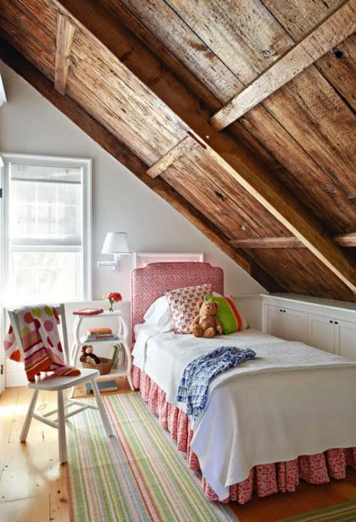 cottage attic bedrooms. DagmarBleasdale.com