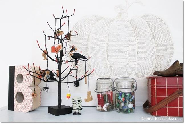 Halloween tree, DagmarBleasdale.com