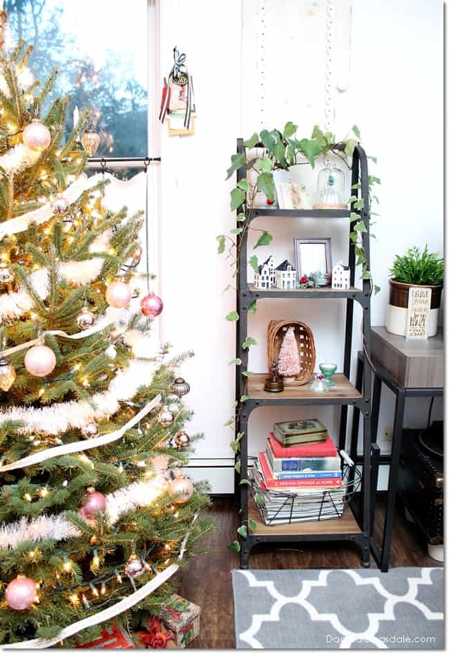 Blue Cottage Christmas home tour 2016, DagmarBleasdale.com