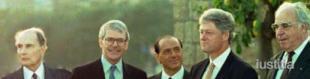 NAPOLI FRANCOIS MITTERRAND JOHN MAJOR SILVIO BERLUSCONI BILL CLINTON HELMUT KOHL