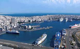 il porto del pireo ad atene
