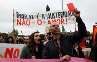 CRISI PROTESTE IN PORTOGALLO