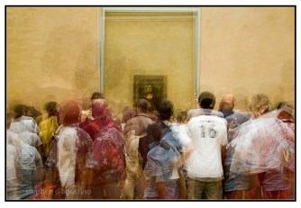 In front of Mona Lisa - Paris © Stephen D'Agostino