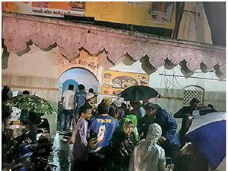 Dahod - દાહોદમાં ભંડારાની રસોઇ 50 ગણેશ મંડળોની મદદથી બચી