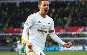 Ice Cool Gylfi Sigurdsson Says Swans Can Stay Up As Paul Clement Fumes