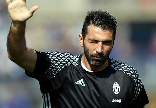 Gianluigi Buffon Beat Cristiano Ronaldo Lionel Messi and Wayne Rooney for Golden Foot award