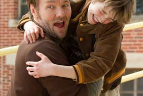 joel-edgerton-odd-life-of-timothy-green