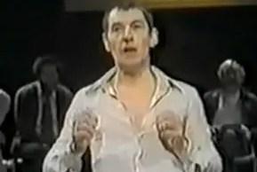 Ian-McKellen-analyzes-Shakespeare