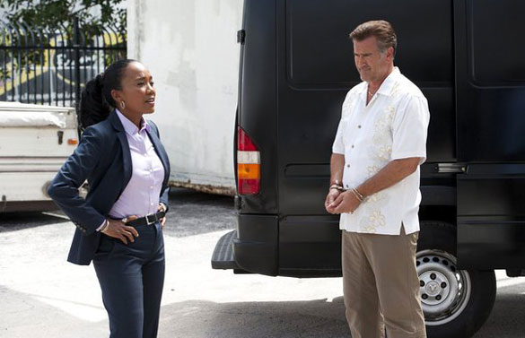 burn-notice-sam-ash-sonja-sohn