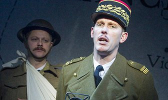 Actor Laurence Fox Shouts at Heckler