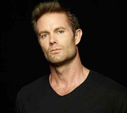 """Interview: Garret Dillahunt on 'Benched', Why He Moved From NYC to LA and That One """"Embarassing"""" Audition"""