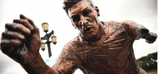 Lionel Messi Statue