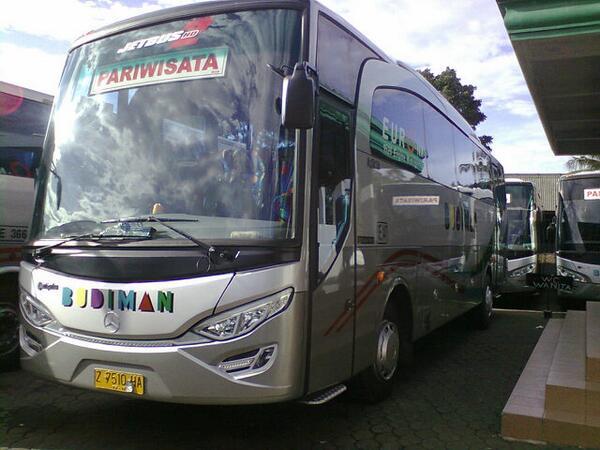gambar bus budiman
