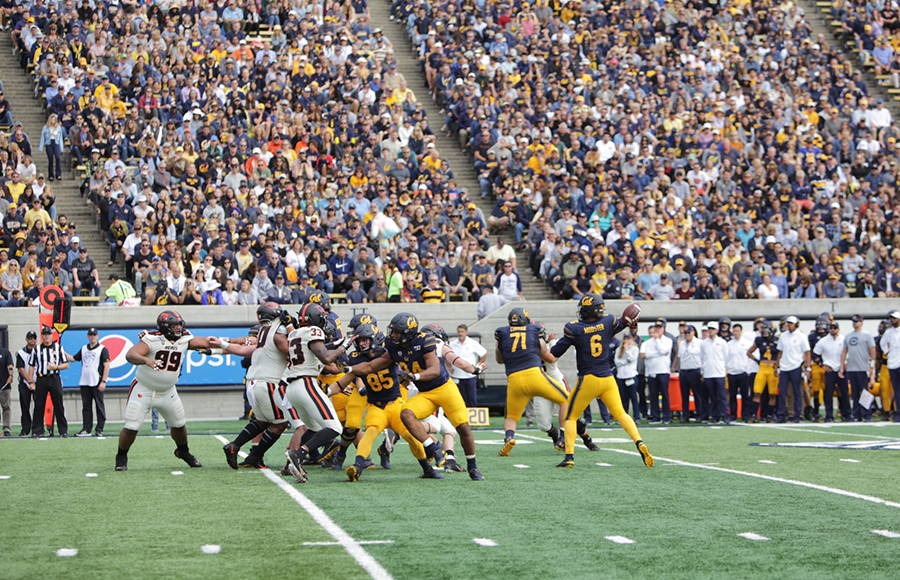 Cal battered by UCLA on both sides of ball, falls 34-10 in opener