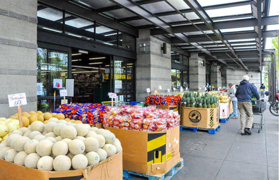 CA grocery stores implement special hours for vulnerable customers