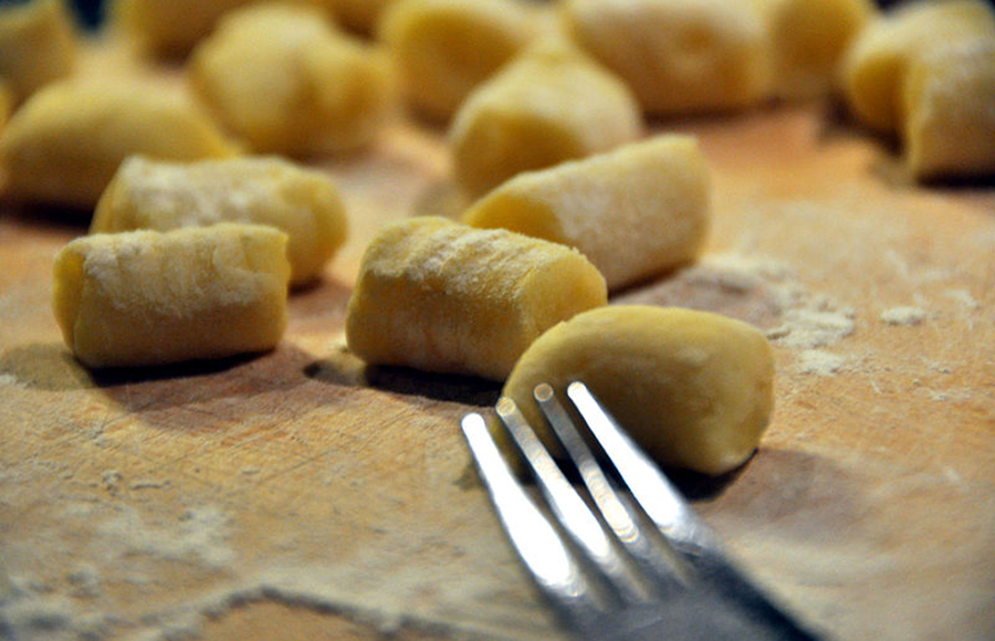 A delicious, simple homemade potato gnocchi recipe