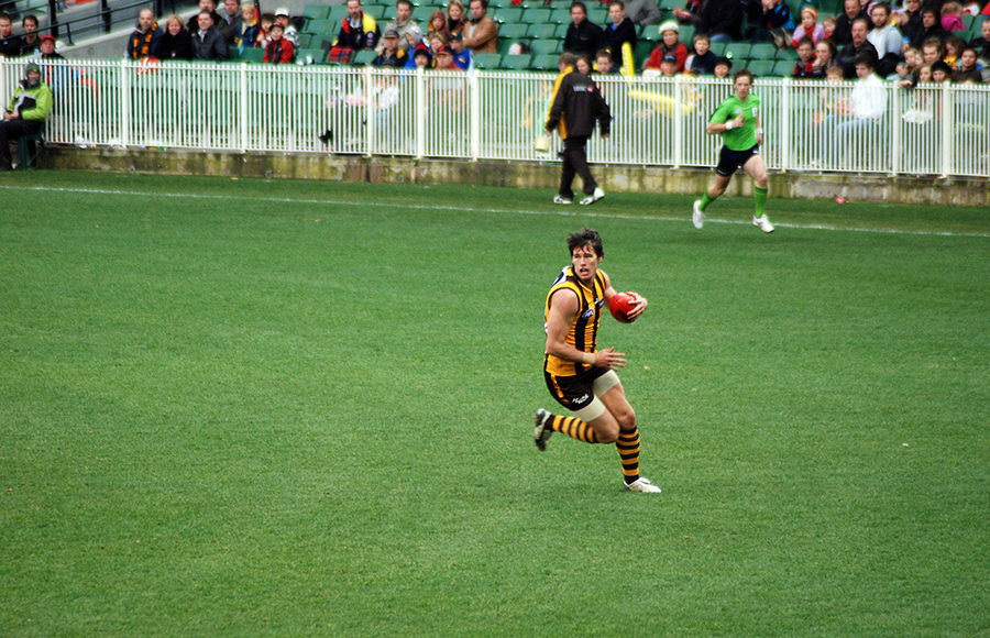 photo of Aussie rules football player
